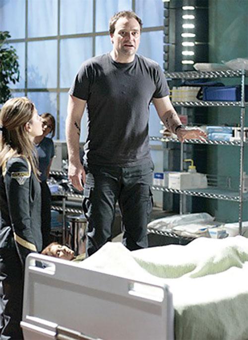 Rodney McKay (David Hewlett in Stargate Atlantis) in a sick bay