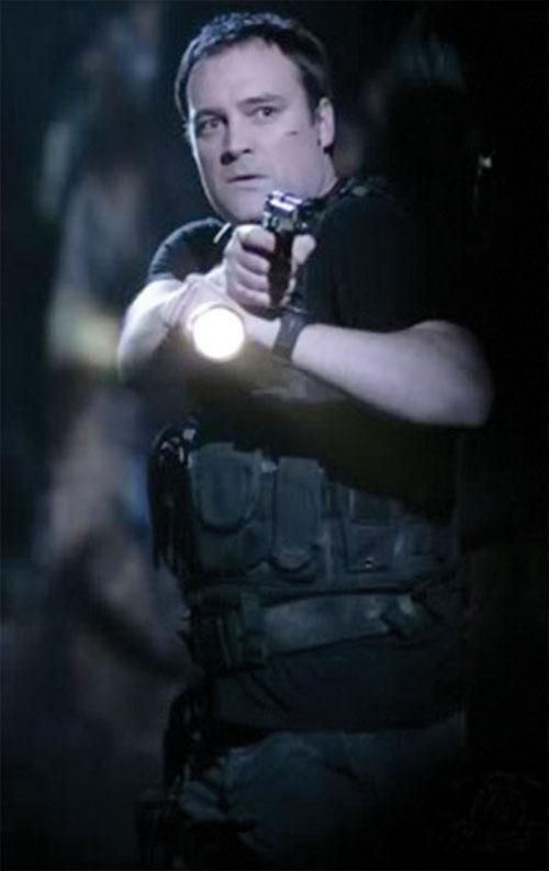 Rodney McKay (David Hewlett in Stargate Atlantis) in a Harries stance