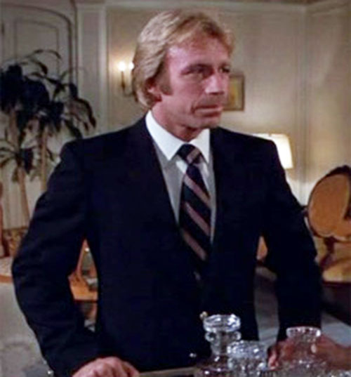 Scott James (Chuck Norris in The Octagon) with a 1970s tie