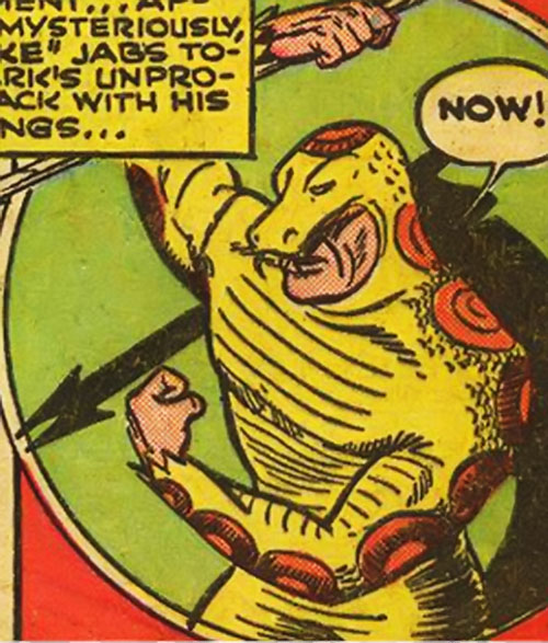 The Snake (Superman enemy) hurling a poisoned spear