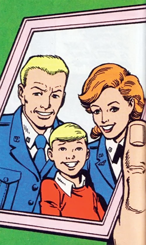 Steve Trevor (Wonder Woman ally) (Post-Crisis DC Comics) as a child with his parents