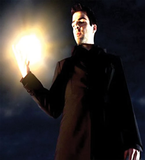 Sylar (Zachary Quinto in NBC's Heroes) with glowing hand