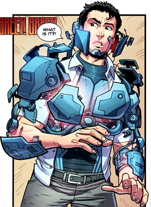 Zack ID Construyendo Tech-Jacket-Image-Comics-Invincible-Kirkman-a