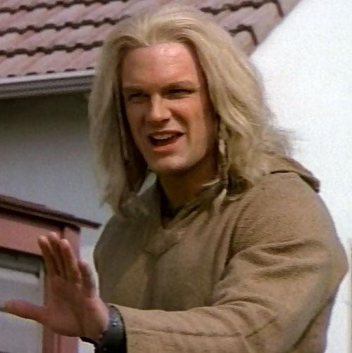 Thor (Eric Kramer in Incredible Hulk Returns) (Marvel movie) beige sweater