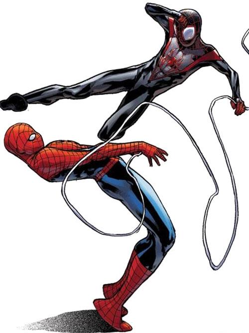Spider-Man (Miles Morales) (Ultimate Marvel Comics) fighting Spider-Man (Parker)