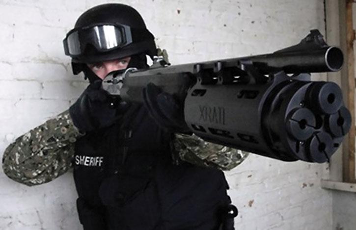 Shotgun with Xrail multiple magazines