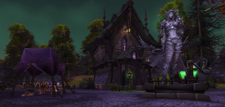 World of Warcraft - Brill and the statue of the Dark Lady