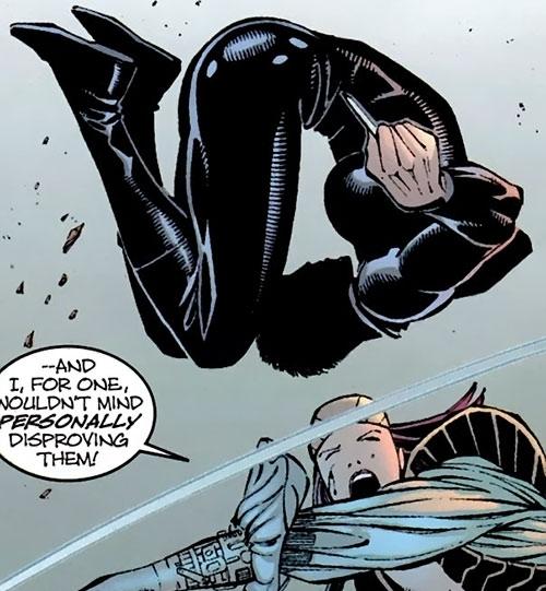 Yukio (Marvel Comics) (Wolverine ally) dodging Lady Deathstrike
