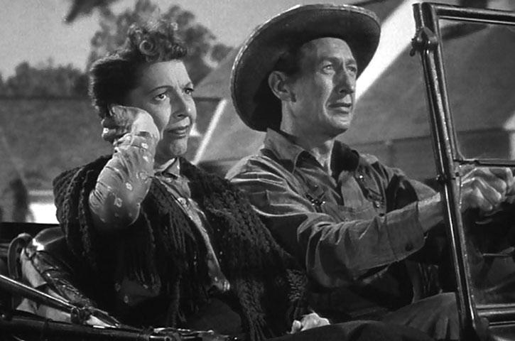 Ma and Pa Kent, driving