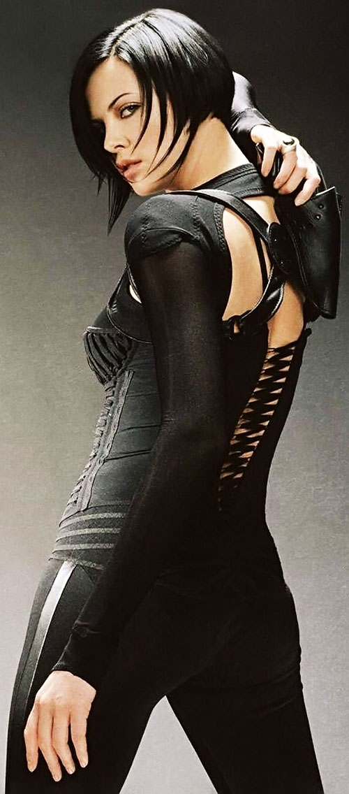 Aeon Flux (Charlize Theron) promotional still