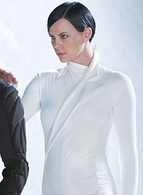 Aeon Flux (Charlize Theron) in white