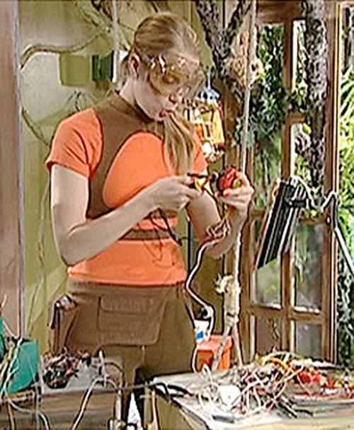 Alex (Berta Errando in Club Super-3) working