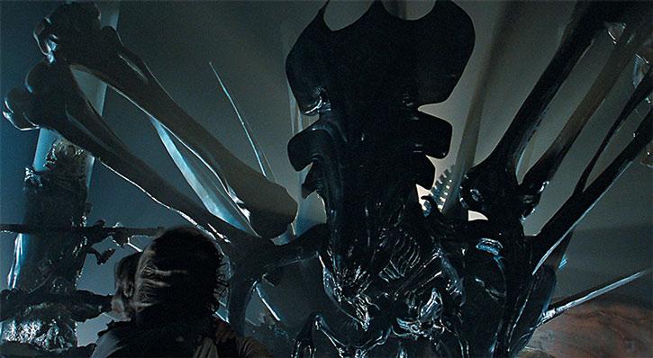 A huge Alien queen