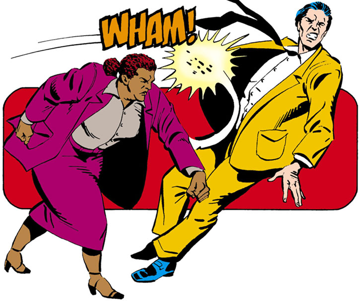 Amanda Waller punches a fool
