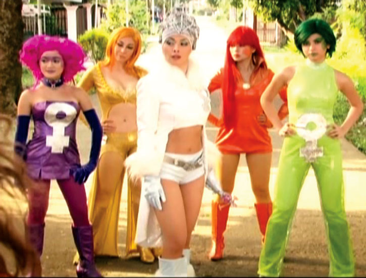 Amazonistas and Queen Femina, from the Zsa Zsa Zaturnnah movie