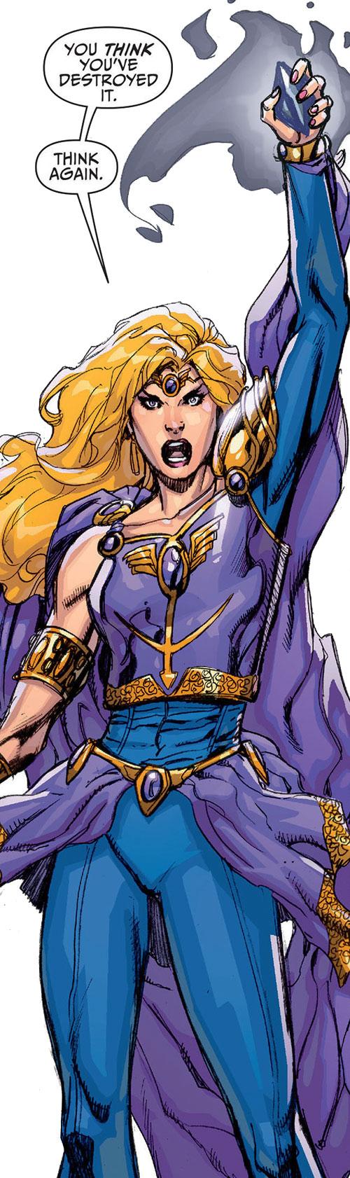 Amethyst (DC Comics New52) brandishing the Black Diamond