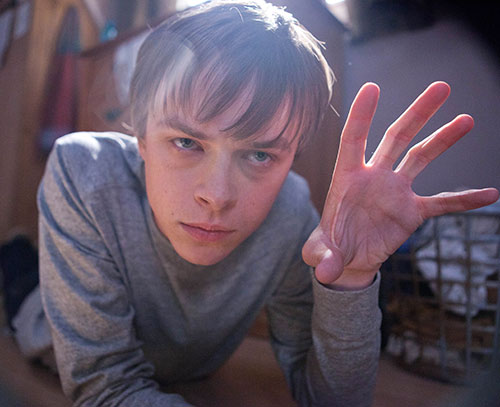Andrew Detmer (Dane DeHaan in Chronicle) gesturing on the floor