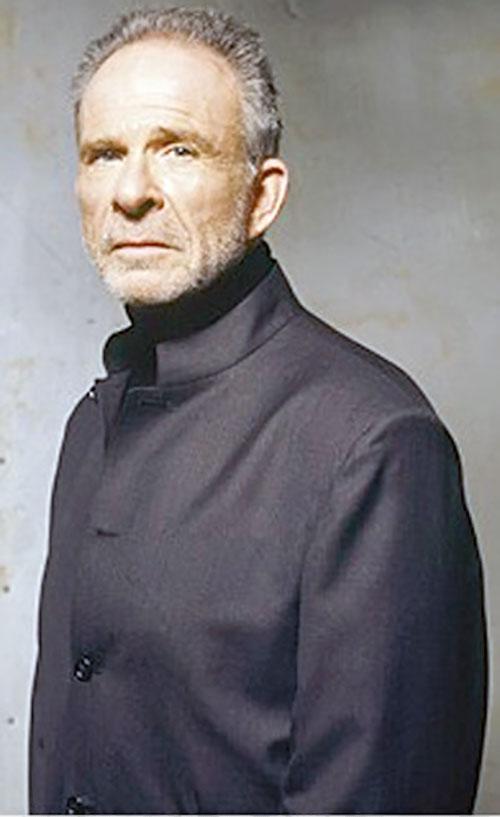 Arvin Sloane (Ron Rifkin in Alias)