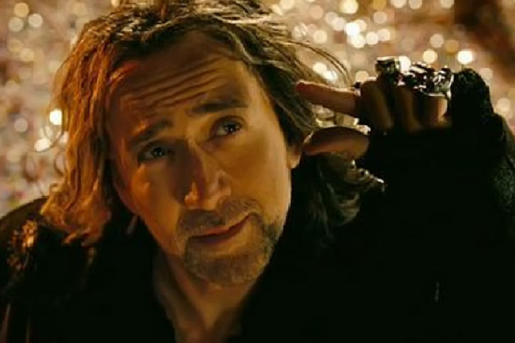 Balthazar Blake (Nicolas Cage in Disney's The Sorcerer's Apprentice) little bit fingers gesture