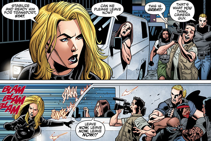 Barb Wire (Dark Horse Comics) in 2015 with her crew