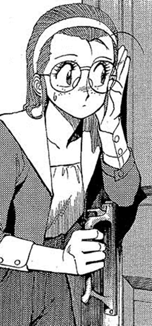 Becky the Nose (Gunsmith Cats manga) listening at a door