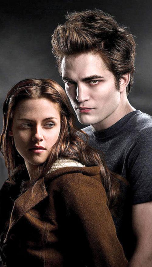 Bella Swan (Kristen Stewart in Twilight) (Early) with Edward