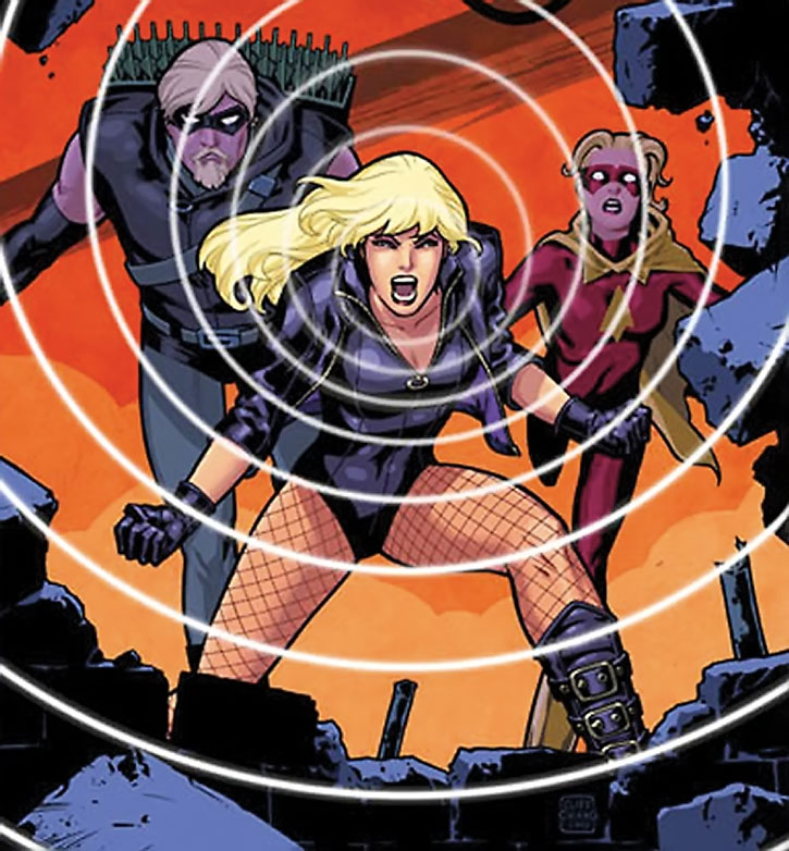 Black Canary with Green Arrow and Speed (Mia Dearden)