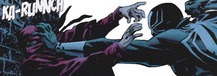 Black Tarantula (Carlos LaMuerto) kills a Hand ninja