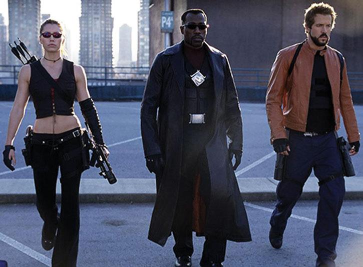 Blade (Wesley Snipes), Abigail Whistler (Jessica Biel), Hannibal King (Ryan Reynolds)