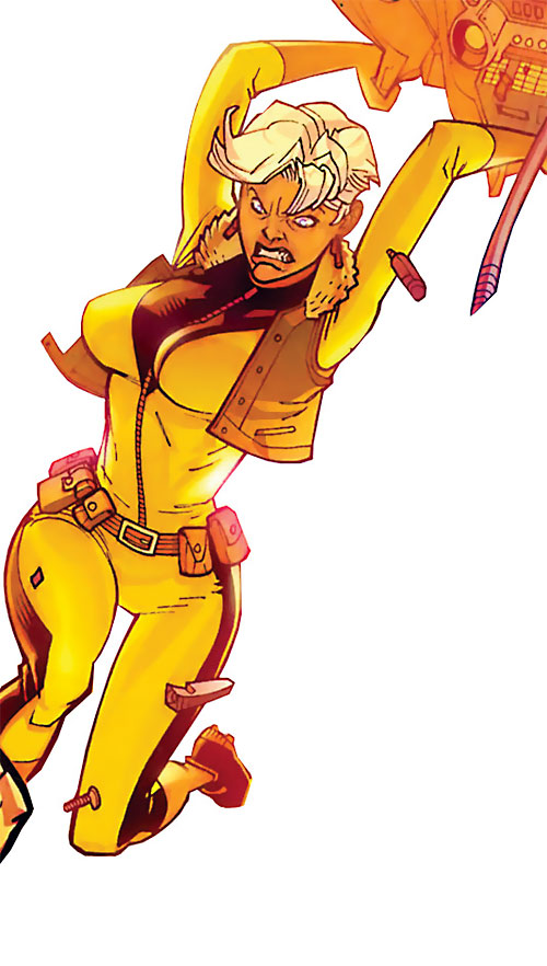 Britney (Brit / Invincible Image Comics Kirkman) berserker yellow jumpsuit