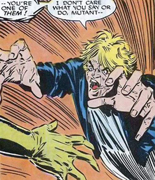 Brood Mutants (X-Men enemies) (Marvel Comics) Harry Palmer rushing in