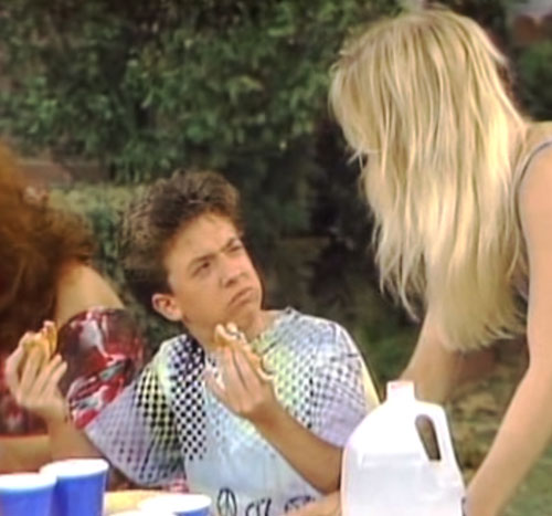 Bud Bundy (David Faustino in Married with Children) eating burgers