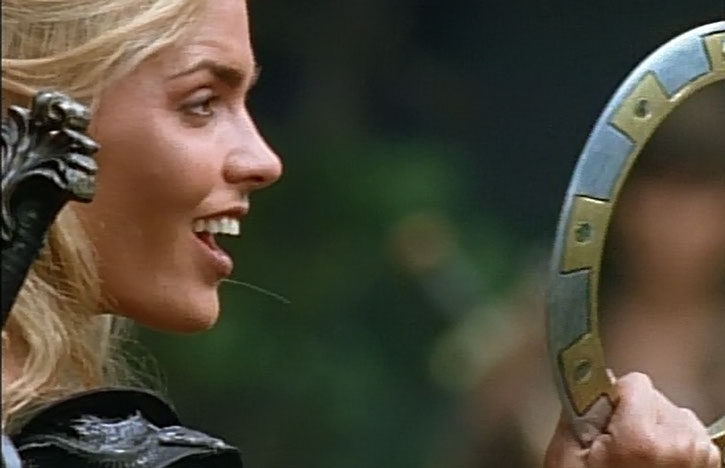 Callisto (Hudson Leick) with one of Xena's chakram