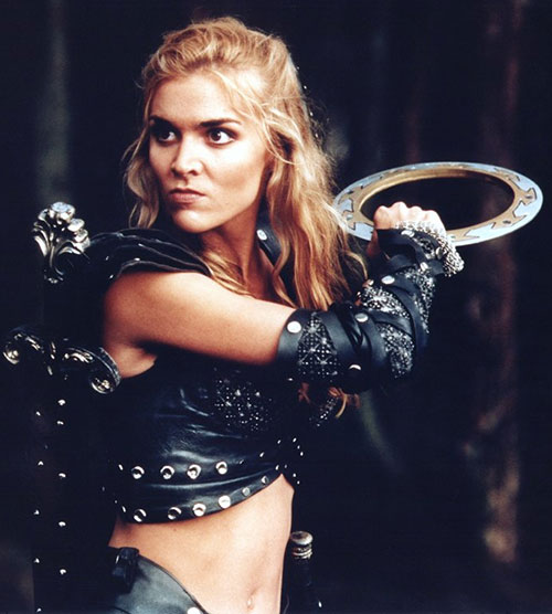Callisto (Hudson Leick in Xena) with a chakram