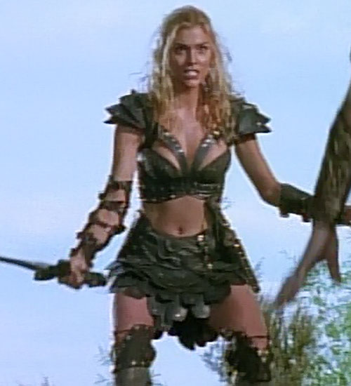 Callisto (Hudson Leick in Xena) in battle
