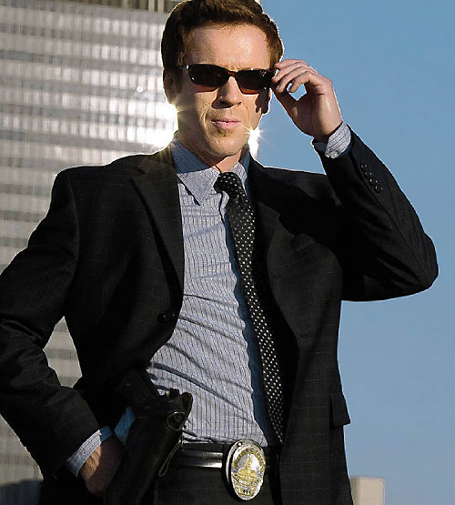 Charlie Crews (Damian Lewis in the Life TV series) with sunglasses and holstered pistol