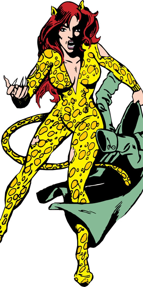 Cheetah (Wonder Woman enemy) (DC Comics) (Domaine) sheds her raincoat