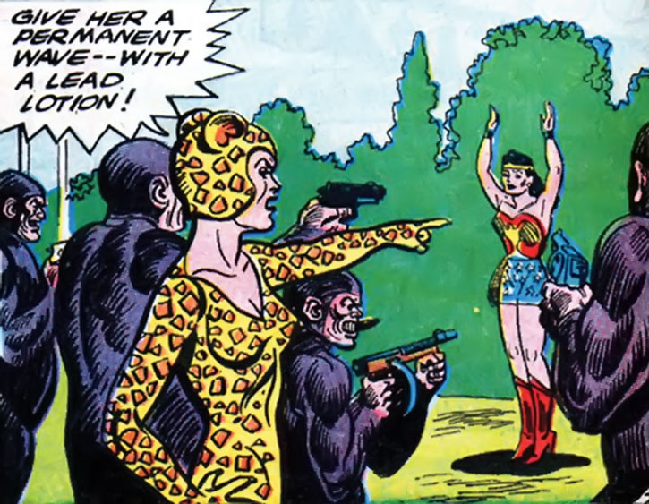 Cheetah has her gunmen shoot Wonder Woman