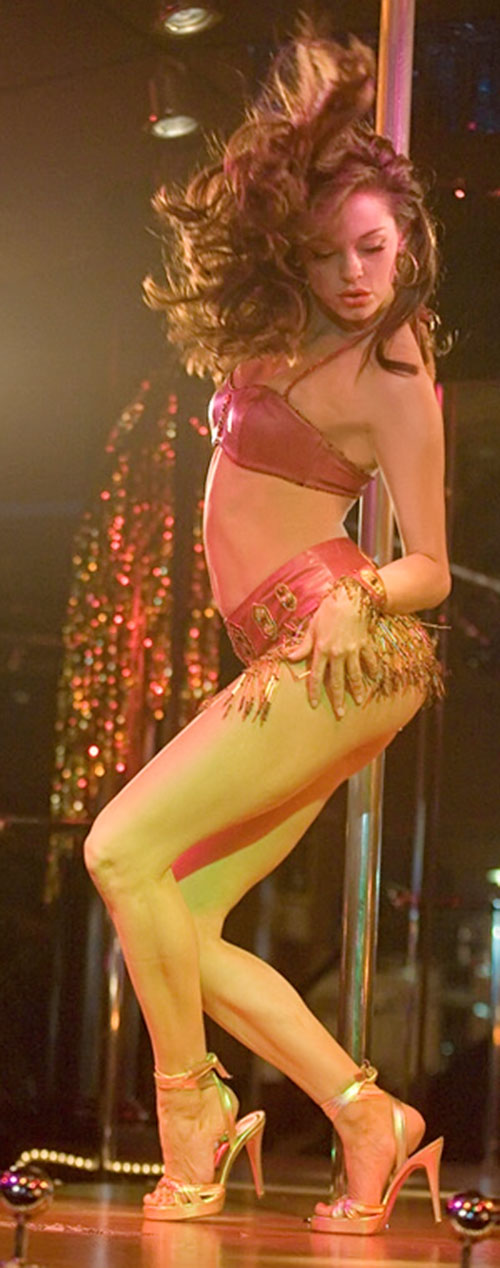 Cherry Darling (Rose McGowan in Planet Terror) go-go dancing