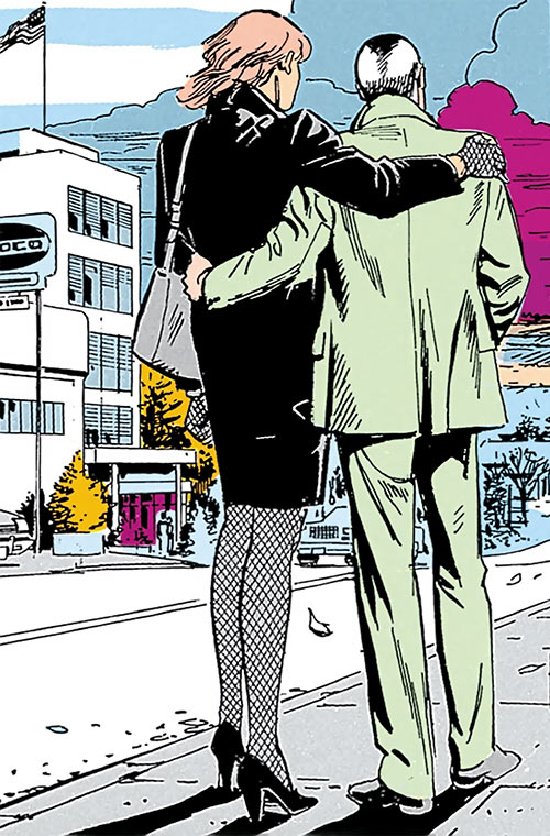 Cinder and Ashe (DC Comics) on a sidewalk in the cold