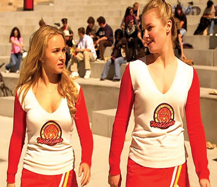 Claire Bennet (Hayden Panetierre) in her cheerleading uniform