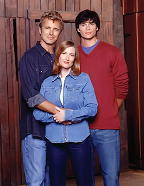 Clark Kent (Tom Welling in Smallville) with the Kents