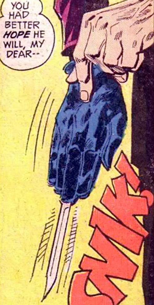 Colonel Sulphur's (Batman enemy) (DC Comics) switchblade hand