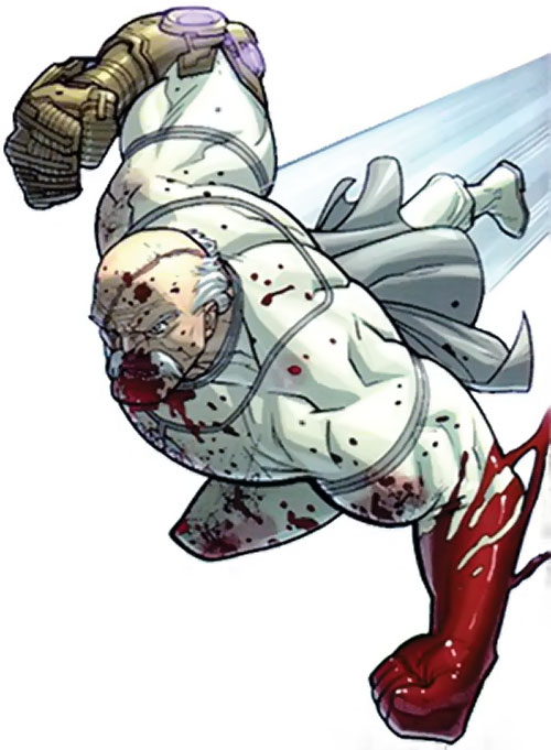 Conquest (Invincible enemy) (Image comics) bloodied and charging