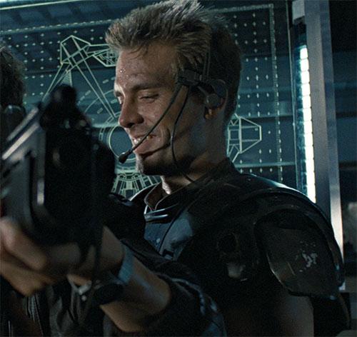 Corporal Hicks (Michael Biehns in Aliens) and Sigourney Weaver