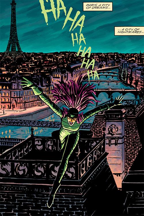 Creeper (Paris 1925) (DC Comics) running over Parisian rooftops