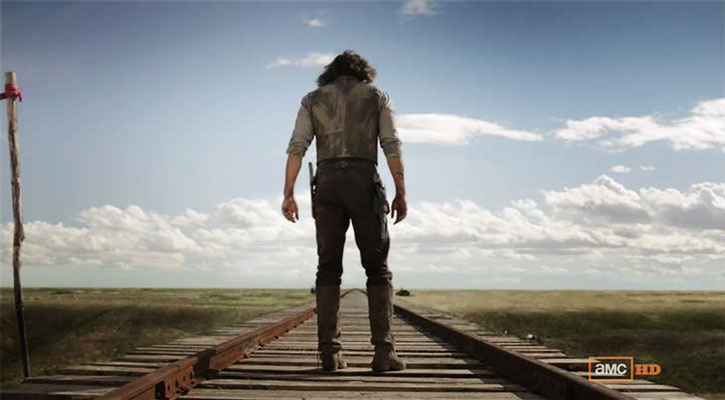 Cullen Bohannon (Anson Mount) on a railroad
