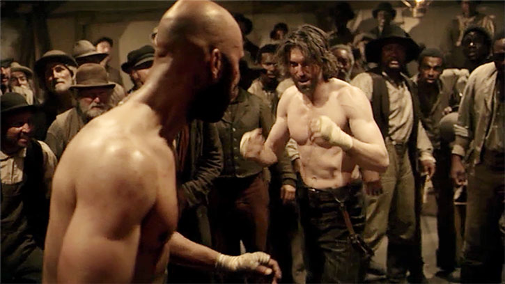 Cullen Bohannon (Anson Mount) in a boxing match