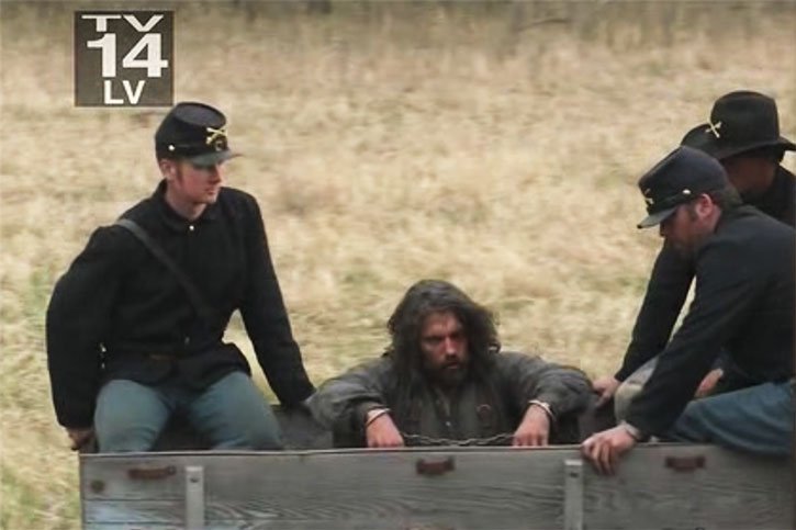 Cullen Bohannon (Anson Mount) captured by soldiers