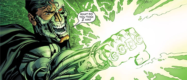 Cyborg Supernan (Hank Henshaw) using multiple green rings